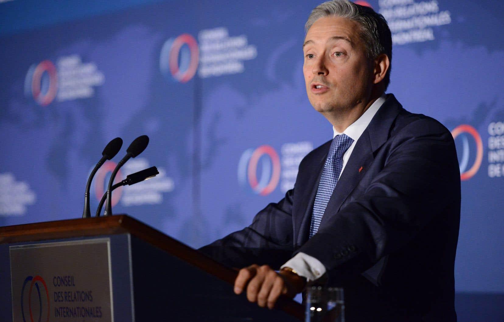 Le ministre canadien du Commerce international, François-Philippe Champagne, souligne l'importance de rappeler les liens économiques étroits qui unissent le Canada aux États-Unis.