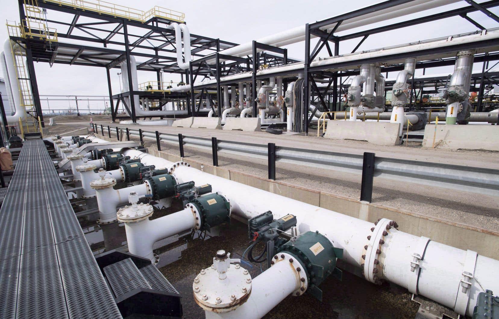 Les infrastructures de l'oléoduc Kinder Morgan de Trans Mountain, à Edmonton