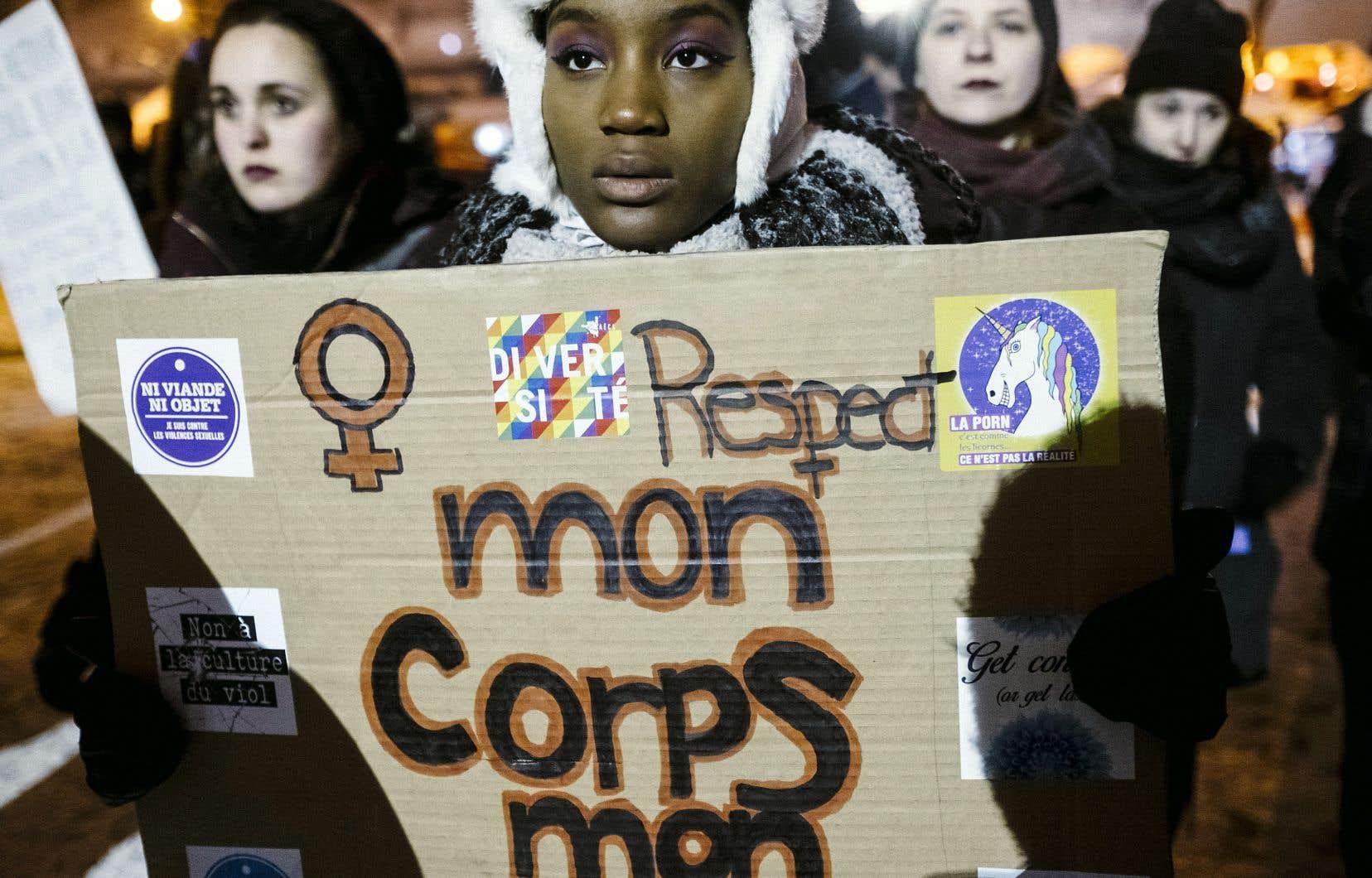 L'auteur met en évidence le système qui sous-tend la «culture d'agression» envers les femmes, une expression utilisée ici dans un sens plus large que «culture du viol».