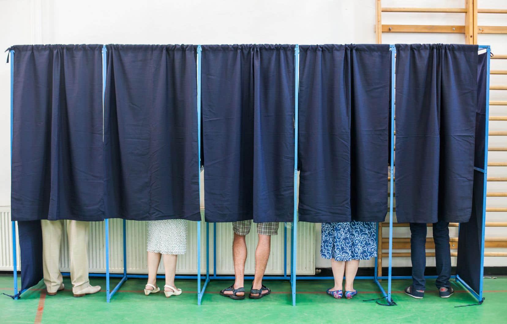 La date du scrutin dans les 1100 municipalités du Québec est ledimanche 5novembre.