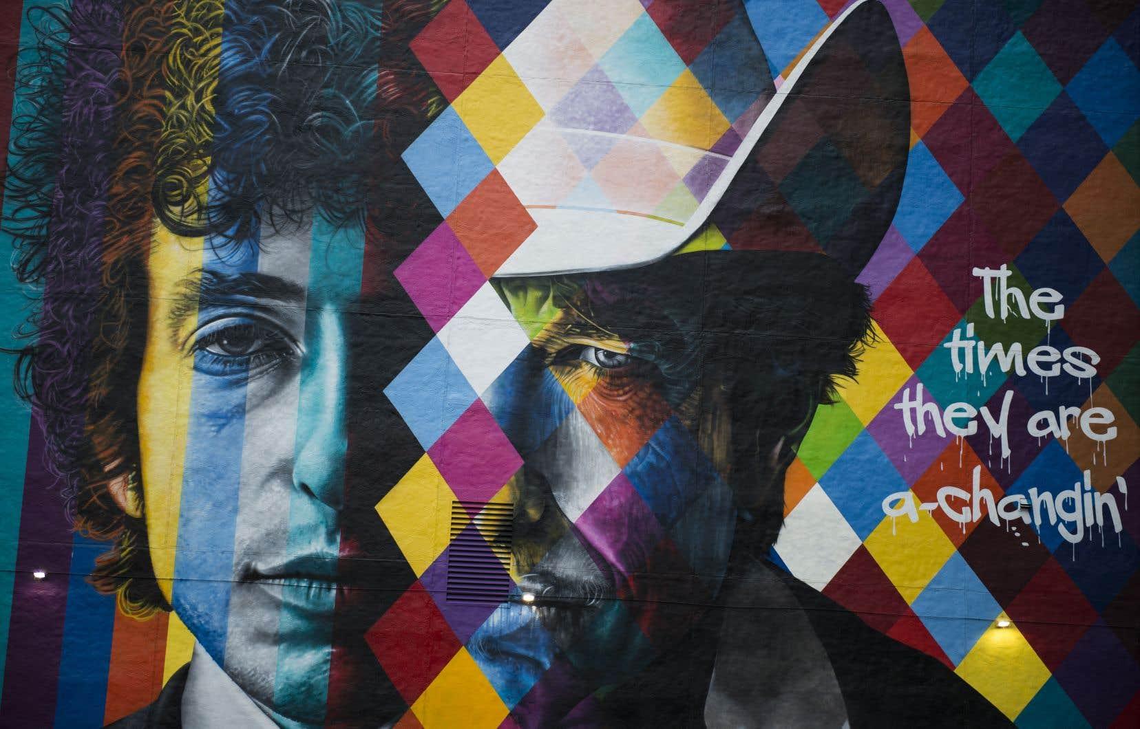 Une murale de l'artiste brésilien Eduardo Kobra à Minneapolis en hommage à Bob Dylan, qui a remporté le Nobel de littérature en 2016.