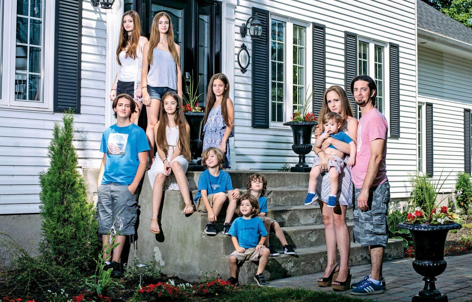 Après avoir connu un succès avec le documentaire consacré aux Groulx-Lawson, Canal Vie propose une série de huit épisodes en leur compagnie.