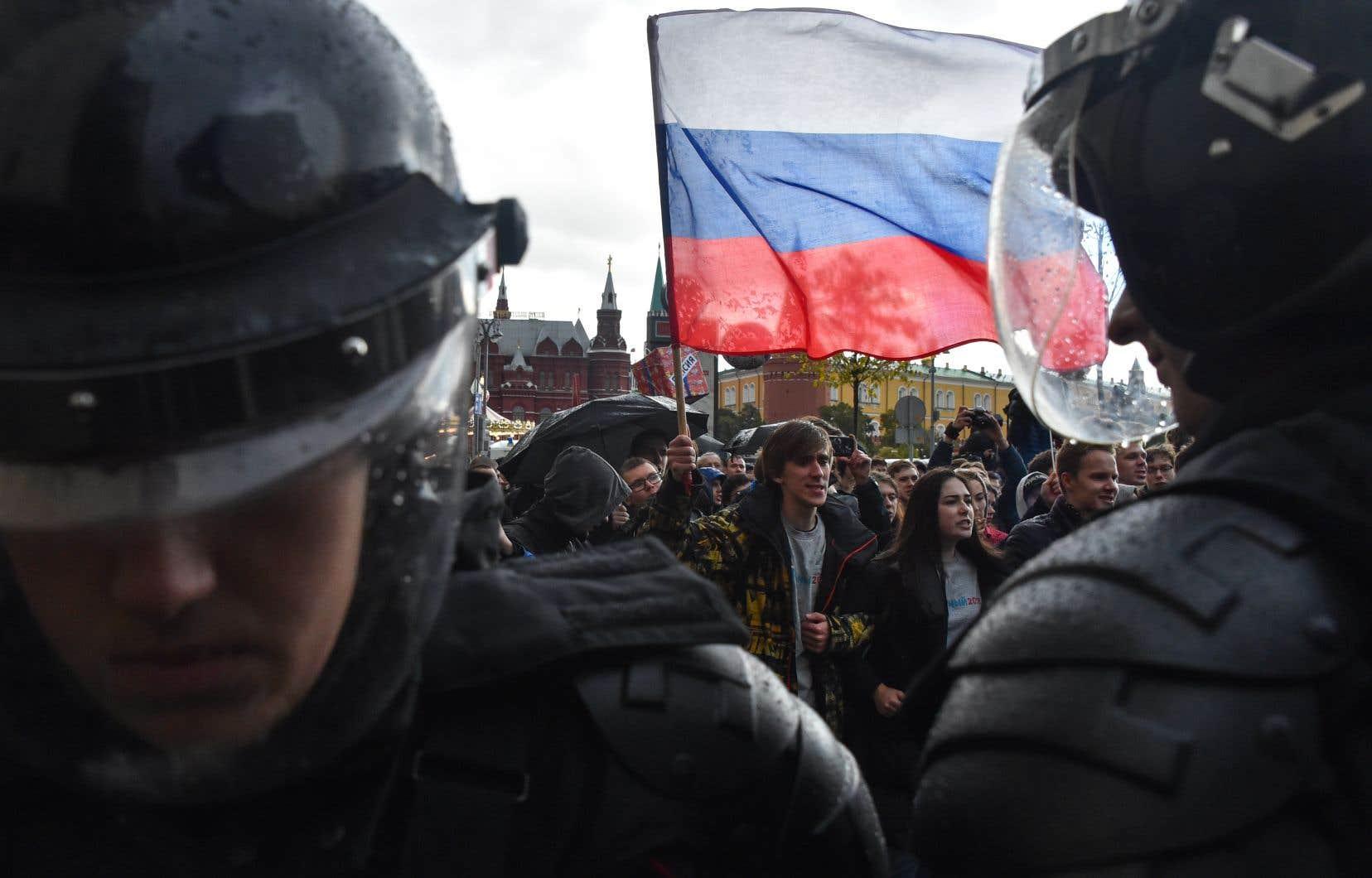 Des militants anti-Kremlin se sont rassemblés samedi à l'occasion d'une manifestation interdite à Moscou.