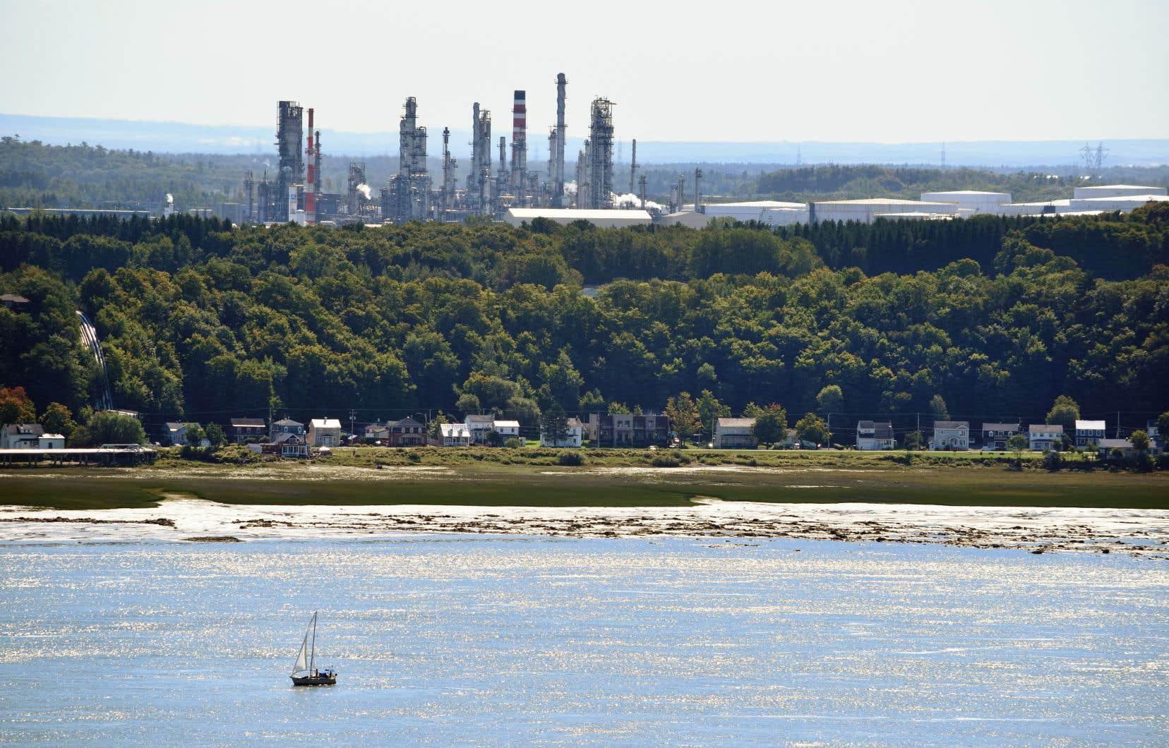 La raffinerie de pétrole Valero à Lévis