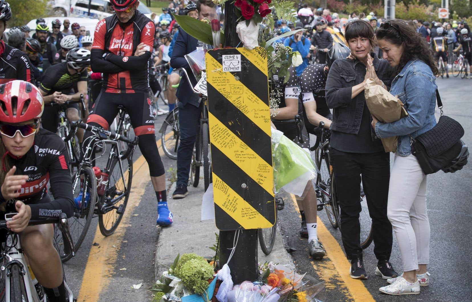 Clément Ouimet, cycliste de 18ans, est mort le 4octobre dans une collision avec un véhicule sur la voie Camillien-Houde, à Montréal.