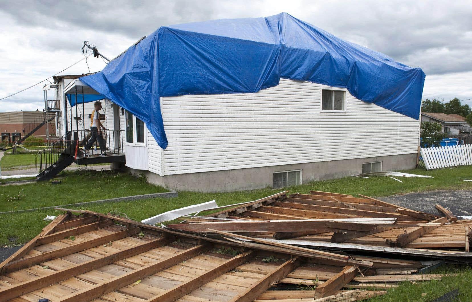 Le secteur de Mont-Laurier avait aussi été frappé par une tornade en 2009.