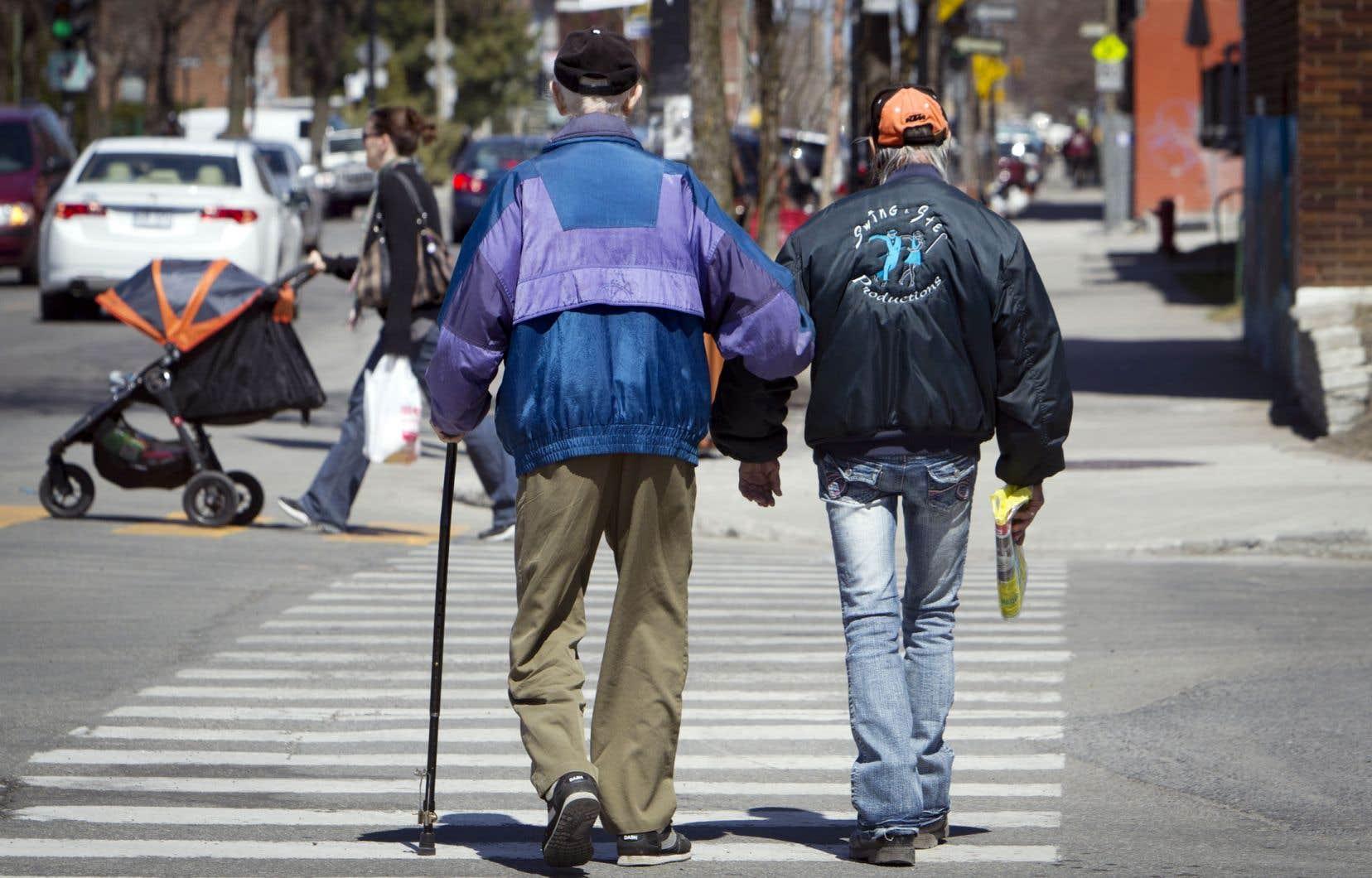 En 1980, on comptait une moyenne de 20 personnes de 65ans et plus pour 100 personnes d'âge actif dans les pays développés. Ce nombre est aujourd'hui de 28.