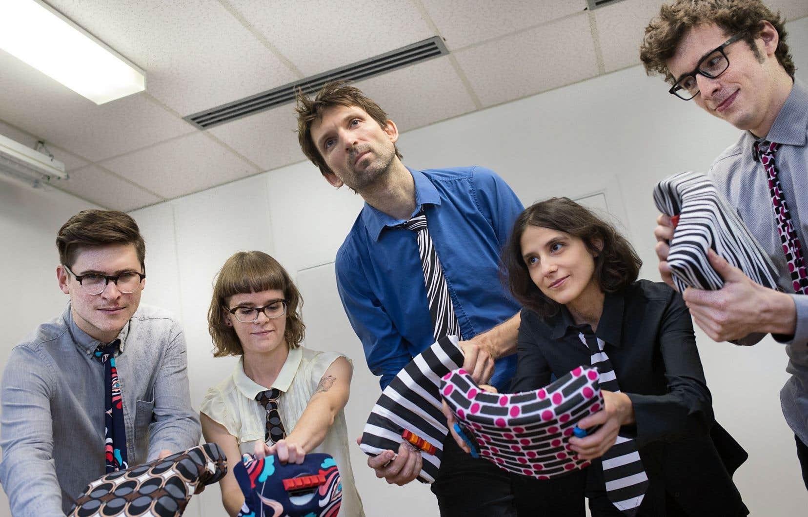 Sur scène, cinq instrumentistes joueront de l'éponge, un instrument électronique d'invention québécoise.