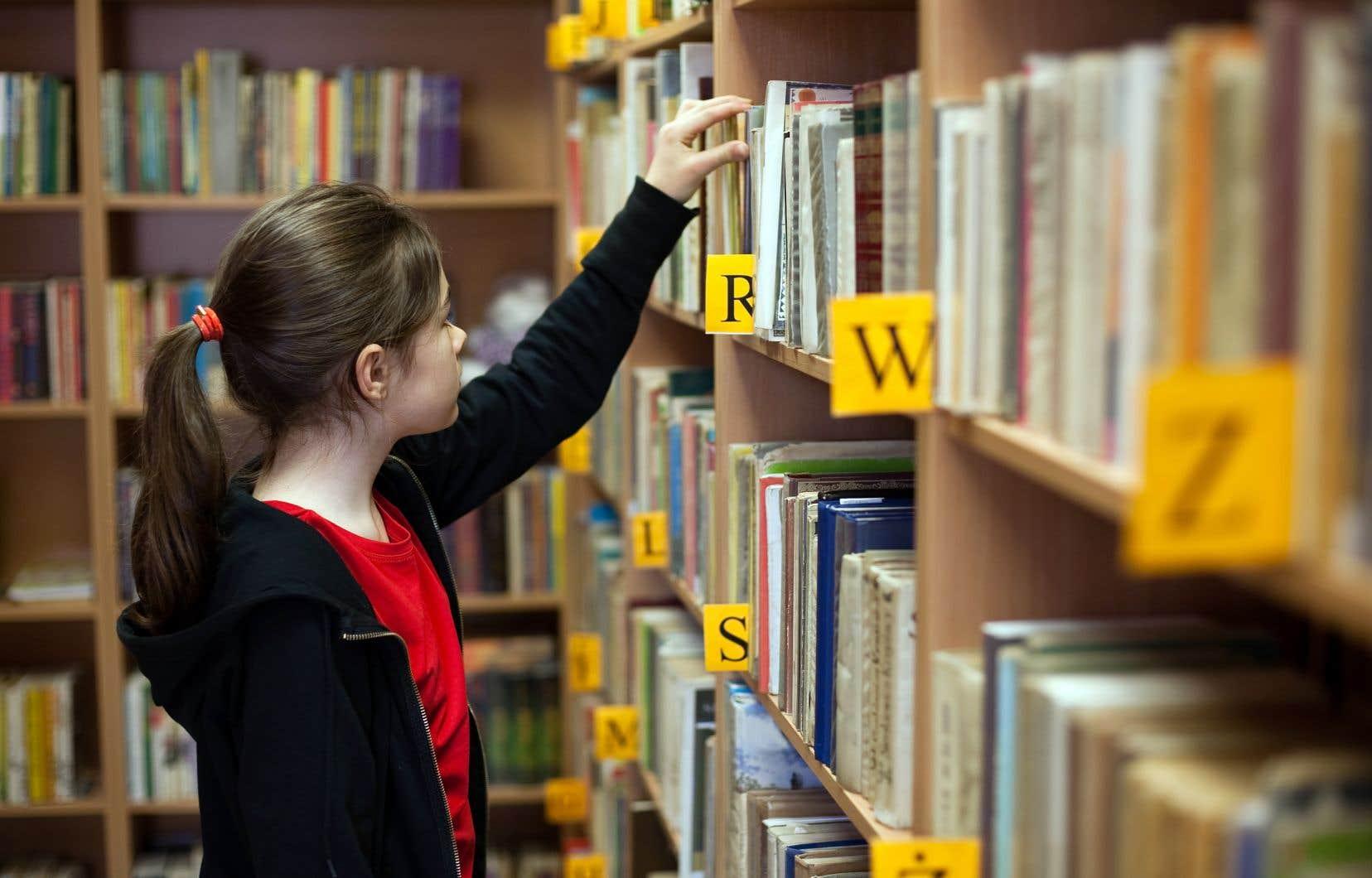 En 2015-2016, les écoles québécoises comptaient 117 bibliothécaires scolaires contre 128 en 2014.