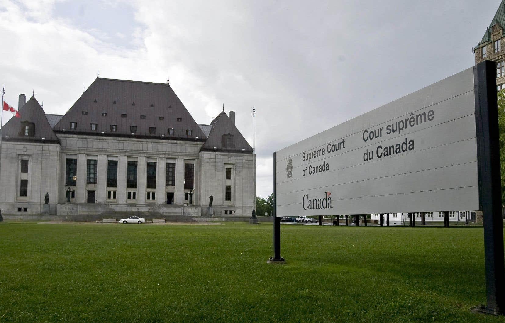 Les libéraux plaident que tout ceci n'est pas nécessaire puisqu'ils se sont engagés à ne nommer au plus haut tribunal du pays que des juges bilingues.