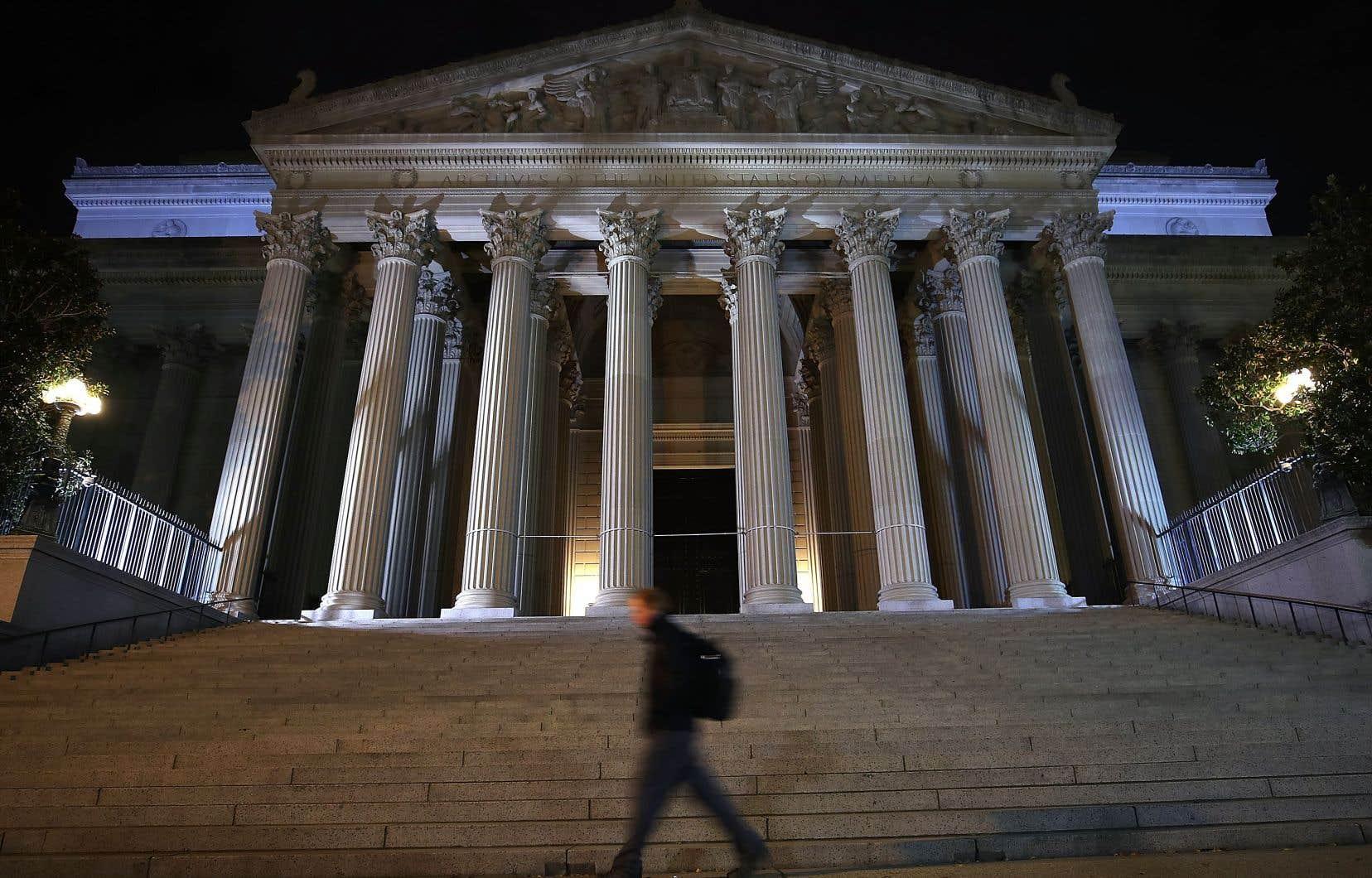 Les National Archives, à Washington, doivent publier quelque 3000 documents classifiés ayant rapport à l'assassinat de John F. Kennedy, en 1963.