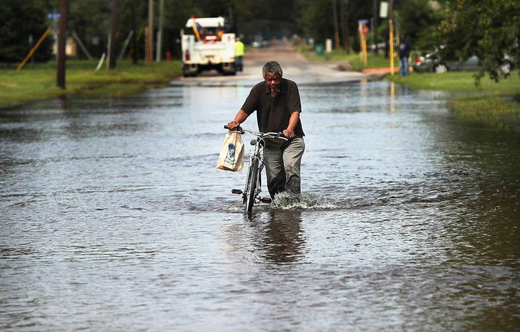 Les analystes tablaient sur un tassement de la croissance à 2,4% du fait de l'impact des ouragans «Harvey» et «Irma» dans le sud du pays à la fin de l'été.