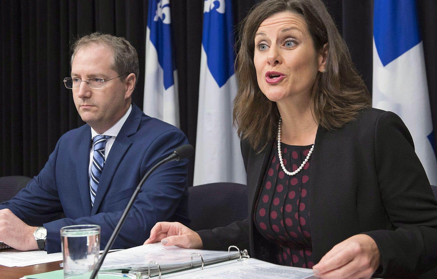 La ministre québécoise de la Justice, Stéphanie Vallée, expliquait mardi les principes d'application de la Loi sur la neutralité religieuse de l'État.