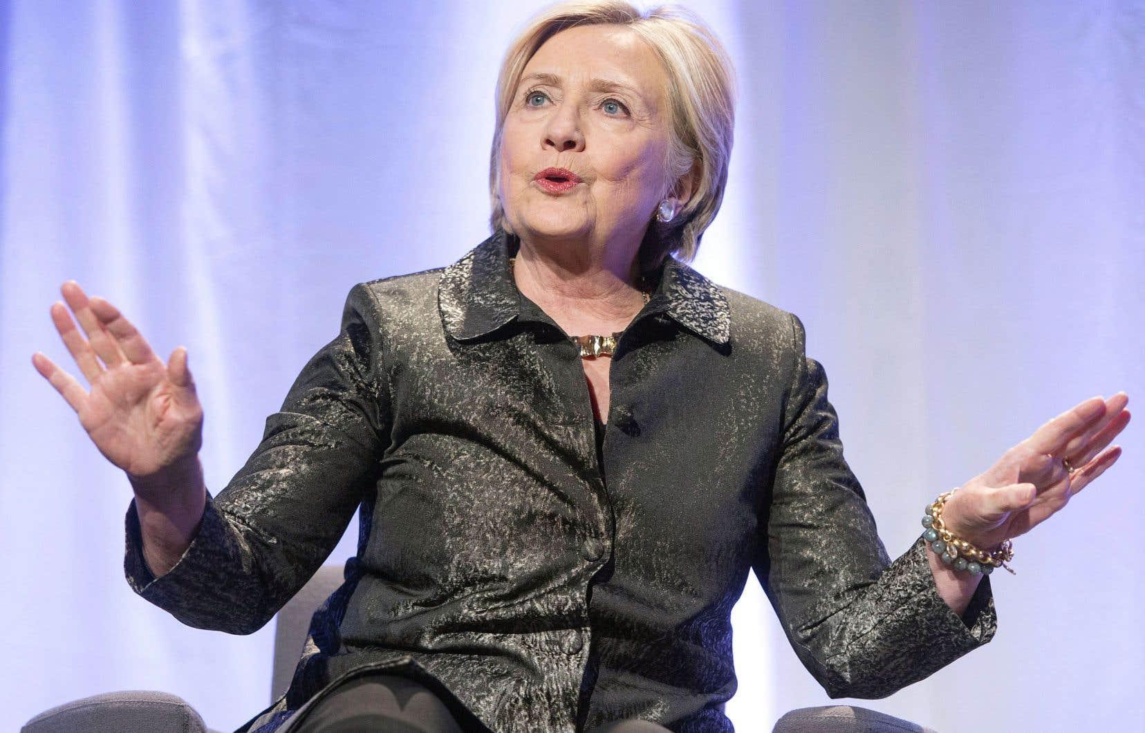 Dans ses mémoires de campagne, Hillary Clinton attribue en partie sa défaite à des attaques personnelles émanant de serveurs russes.