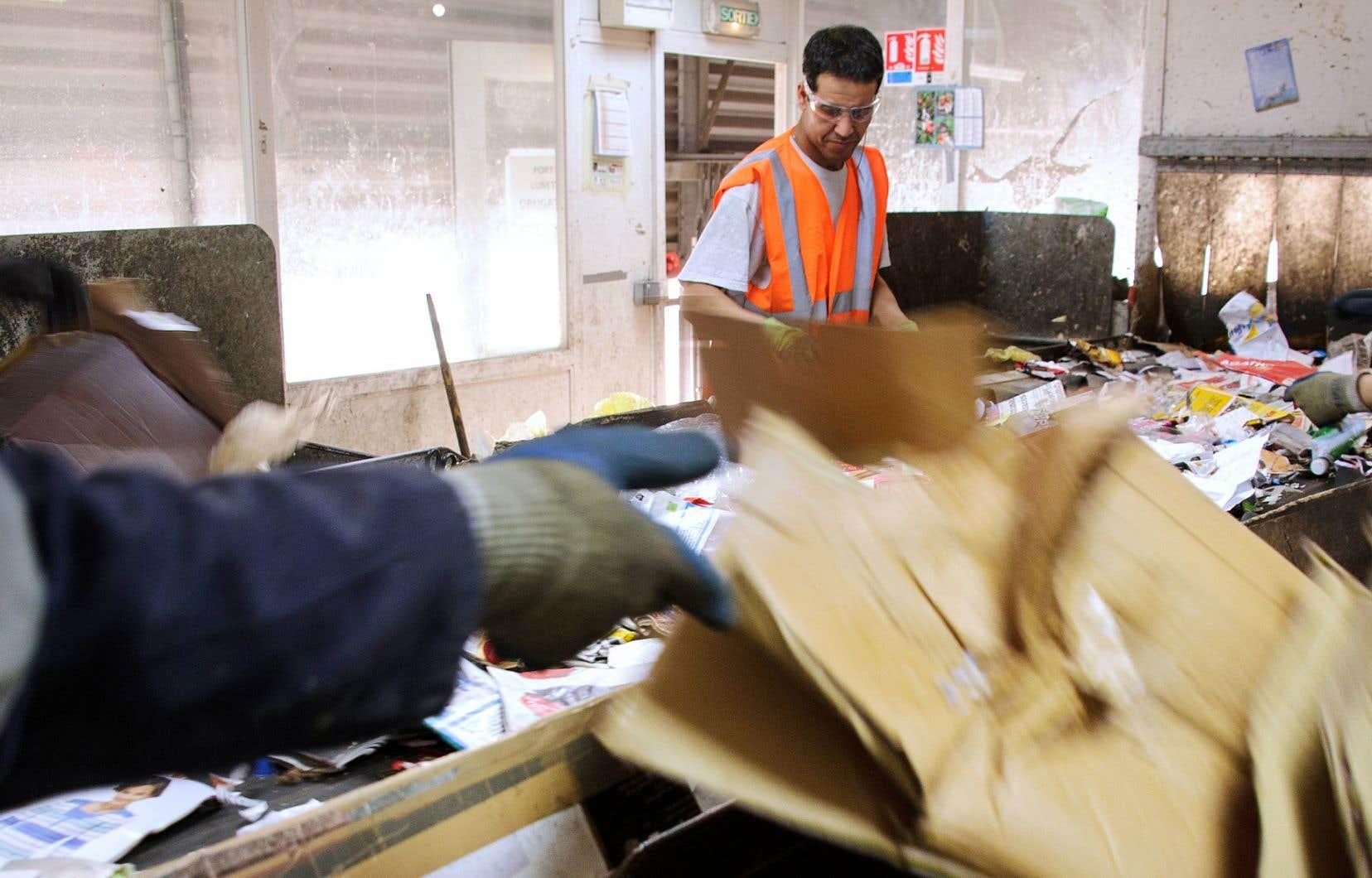 La Chine a annoncé son intention de cesser complètement l'importation de plusieurs matières recyclables d'ici la fin de l'année.