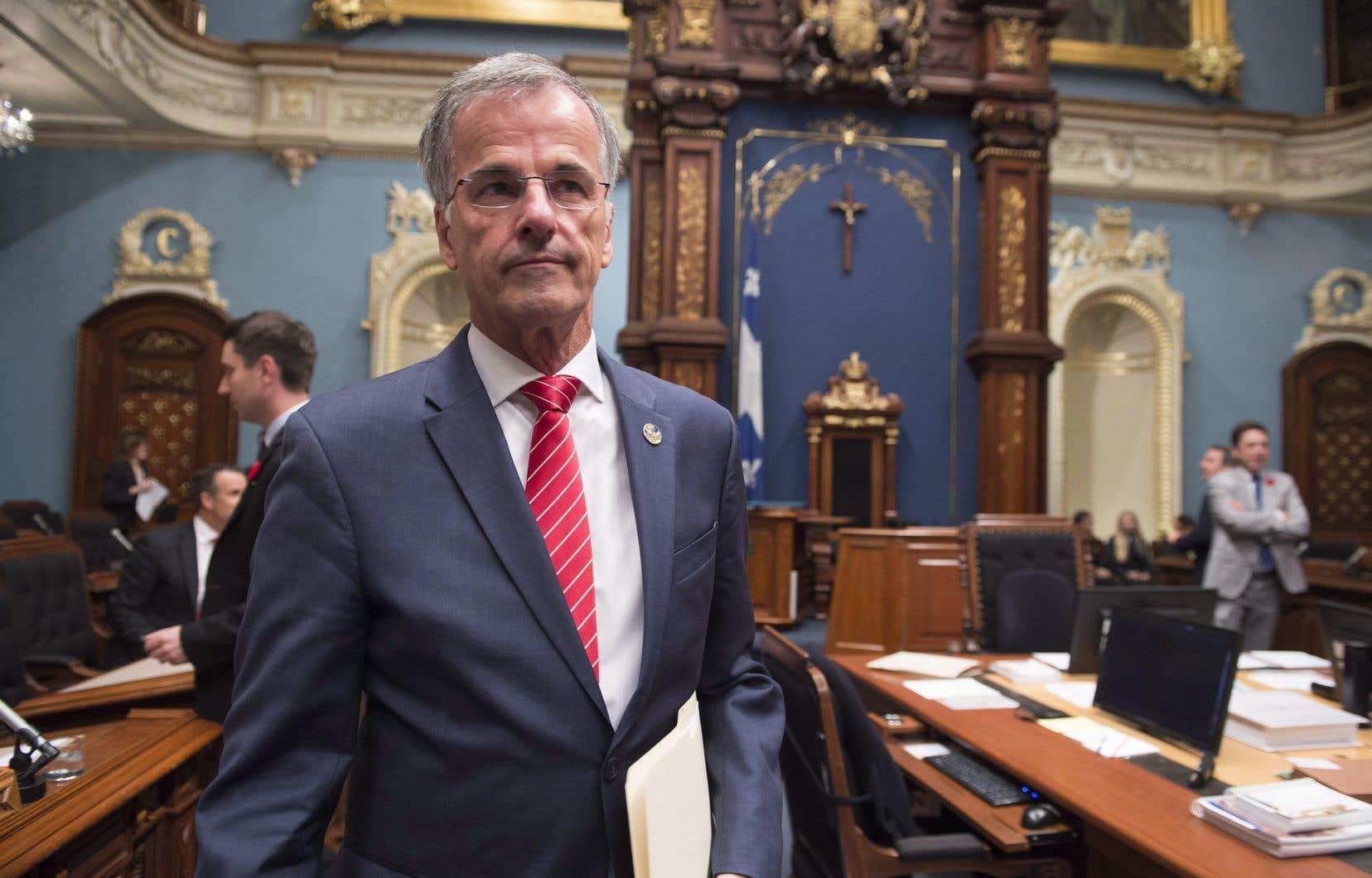 Le premier ministre, Philippe Couillard, a confirmé que Guy Ouellette demeurait — pour l'instant — exclu du caucus.