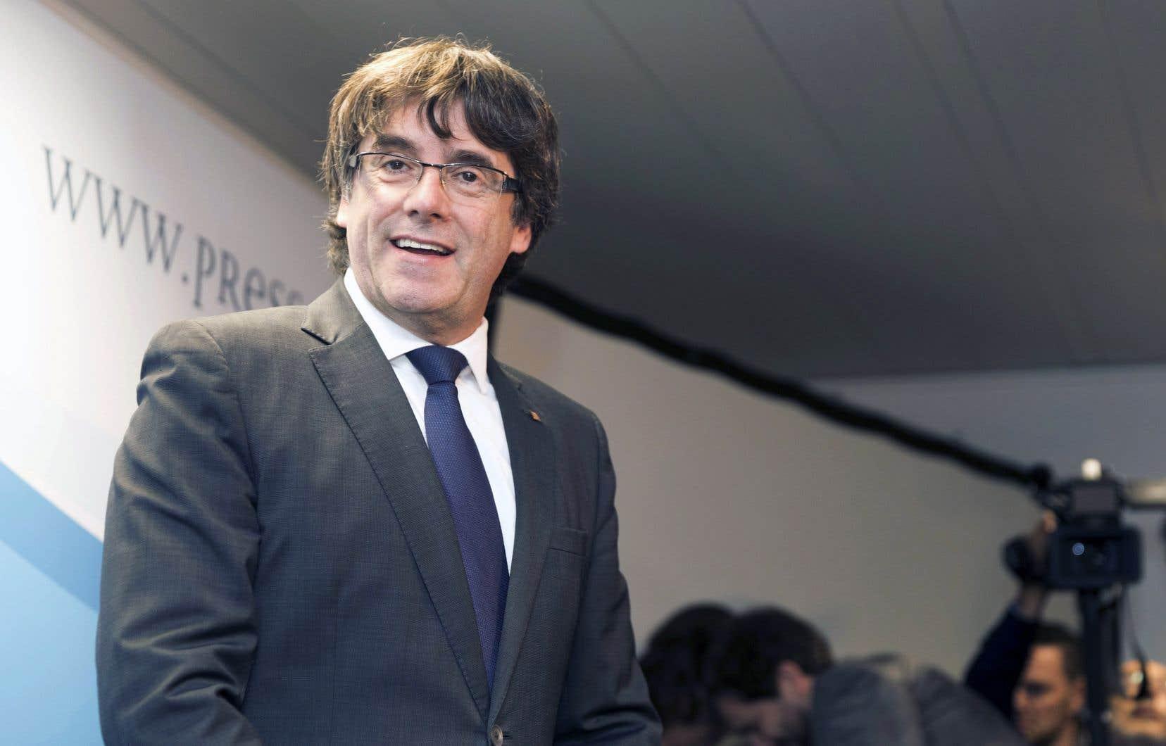 Le président de l'exécutif catalan déchu a dit vendredi qu'il n'avait pas l'intention de fuir la justice.
