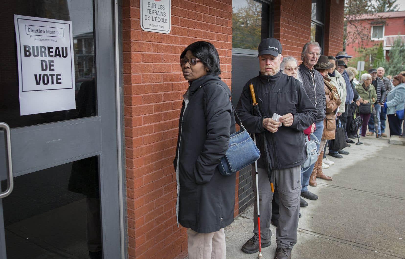 Jour de vote à Montréal pour les élections municipales.