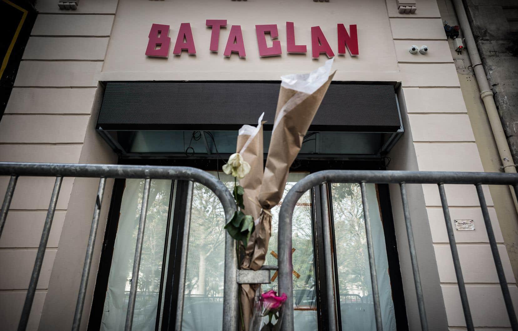 <p>Les attentats du 13 novembre 2015 ont fait 130 morts et plus de 350 blessés.</p>