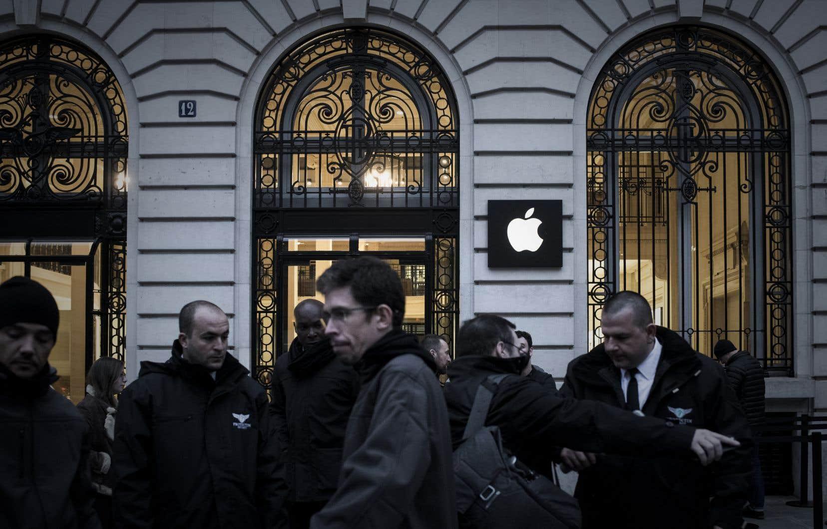 <p>Apple aurait utilisé le paradis fiscal de Jersey pour continuer à ne payer pas ou très peu d'impôts.</p>