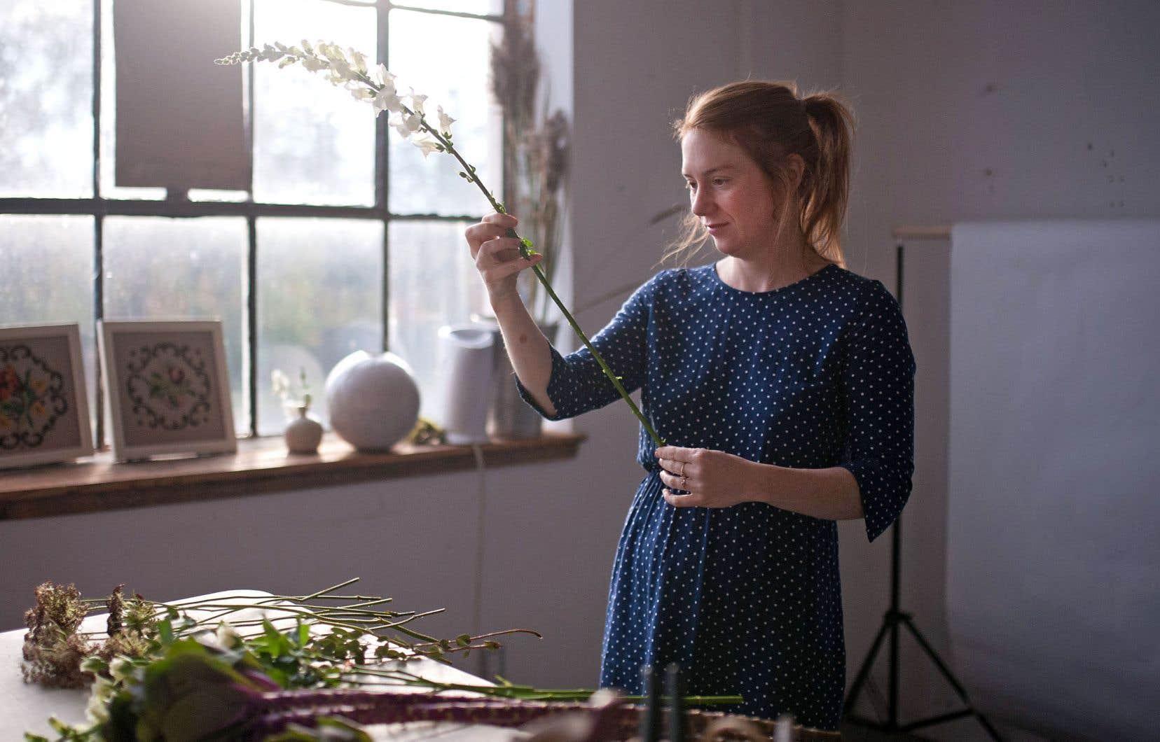 Julie Richer a lancé au début de l'année 2017 Oursin fleurs, une entreprise qui livre des bouquets de fleurs locales et de saison, en limitant ses pertes et l'impact sur l'environnement.