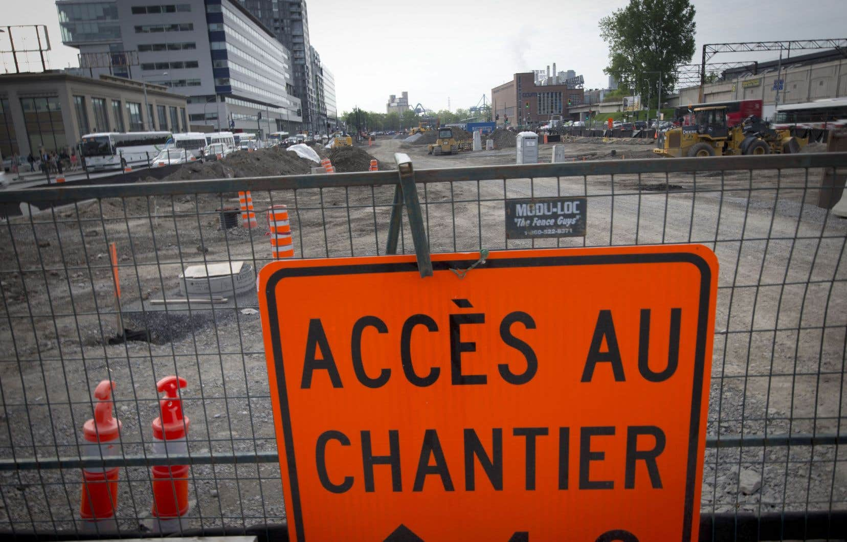 Ottawa souhaitait consacrer ces milliards à des projets de transport collectif ou de réseaux d'eau.
