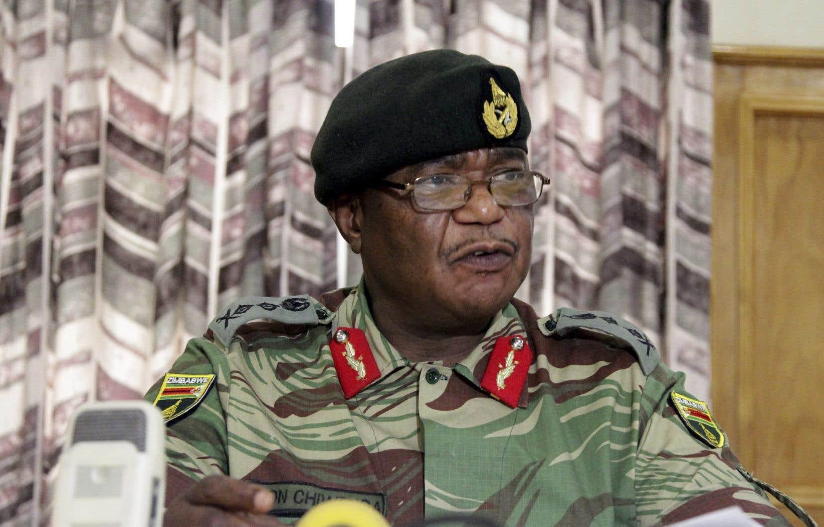 Le chef de l'armée zimbabwéenne,Constantino Chiwenga