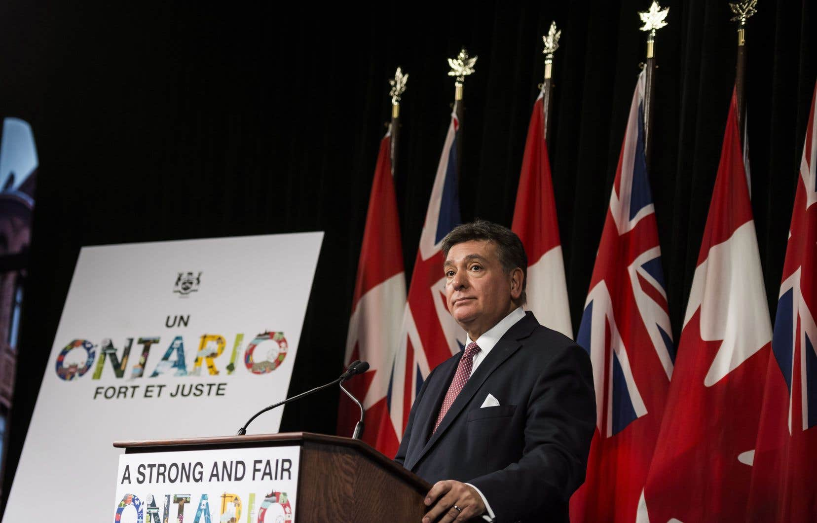 Le ministre des Finances de l'Ontario, Charles Sousa