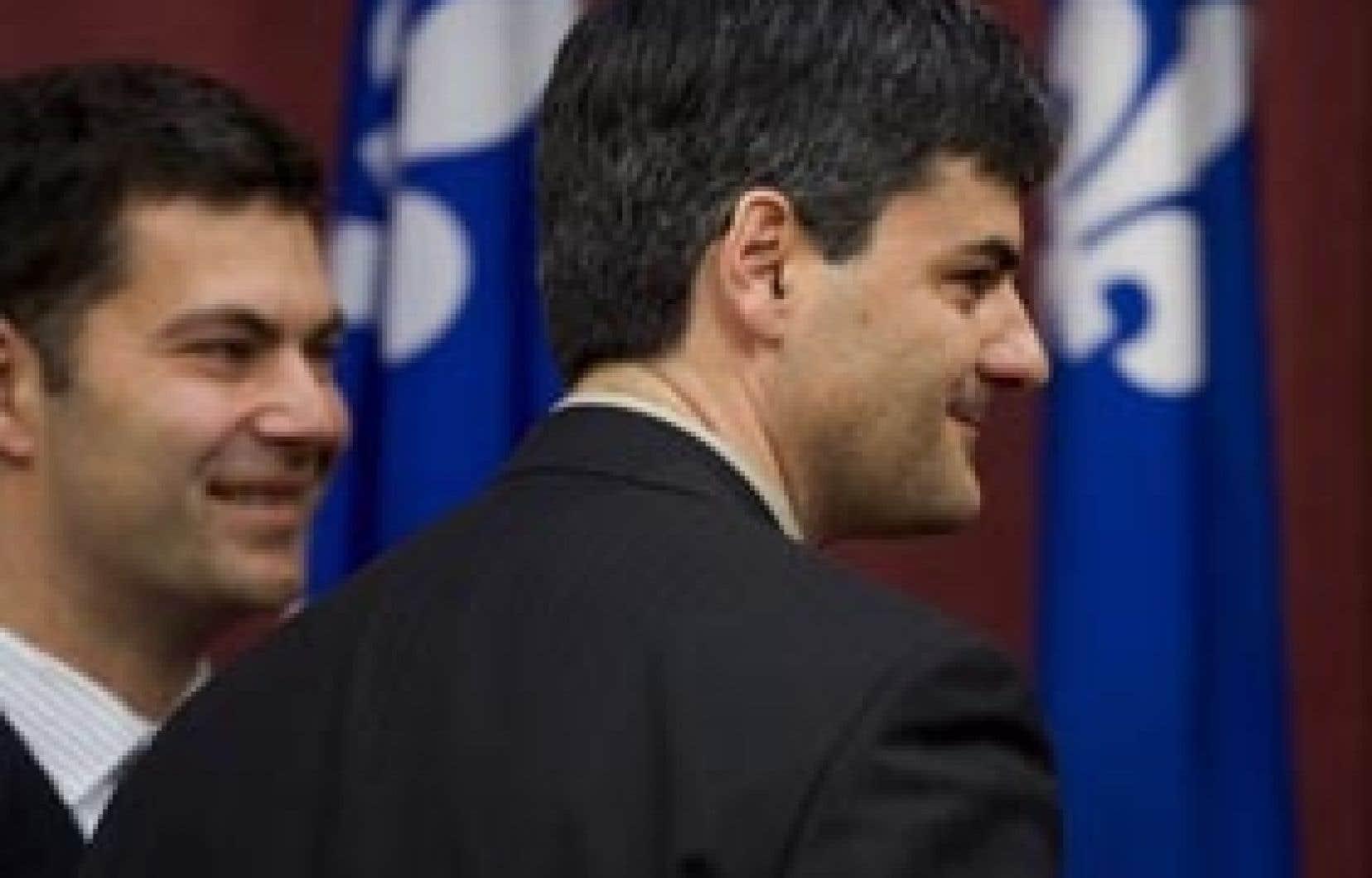 Éric Caire en compagnie de Mario Dumont, en 2007. L'influence de l'ancien chef est très présente dans le projet politique soumis hier par le candidat à la chefferie.