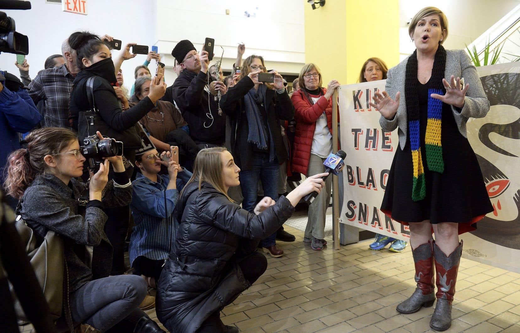 Fondatrice du mouvement d'opposition au passage du pipeline Keystone XL au Nebraska, Jane Kleeb s'est réjouie lundi d'une «demi-victoire» après la décision de la régie des services publics du Nebraska d'imposer un nouveau tracé.