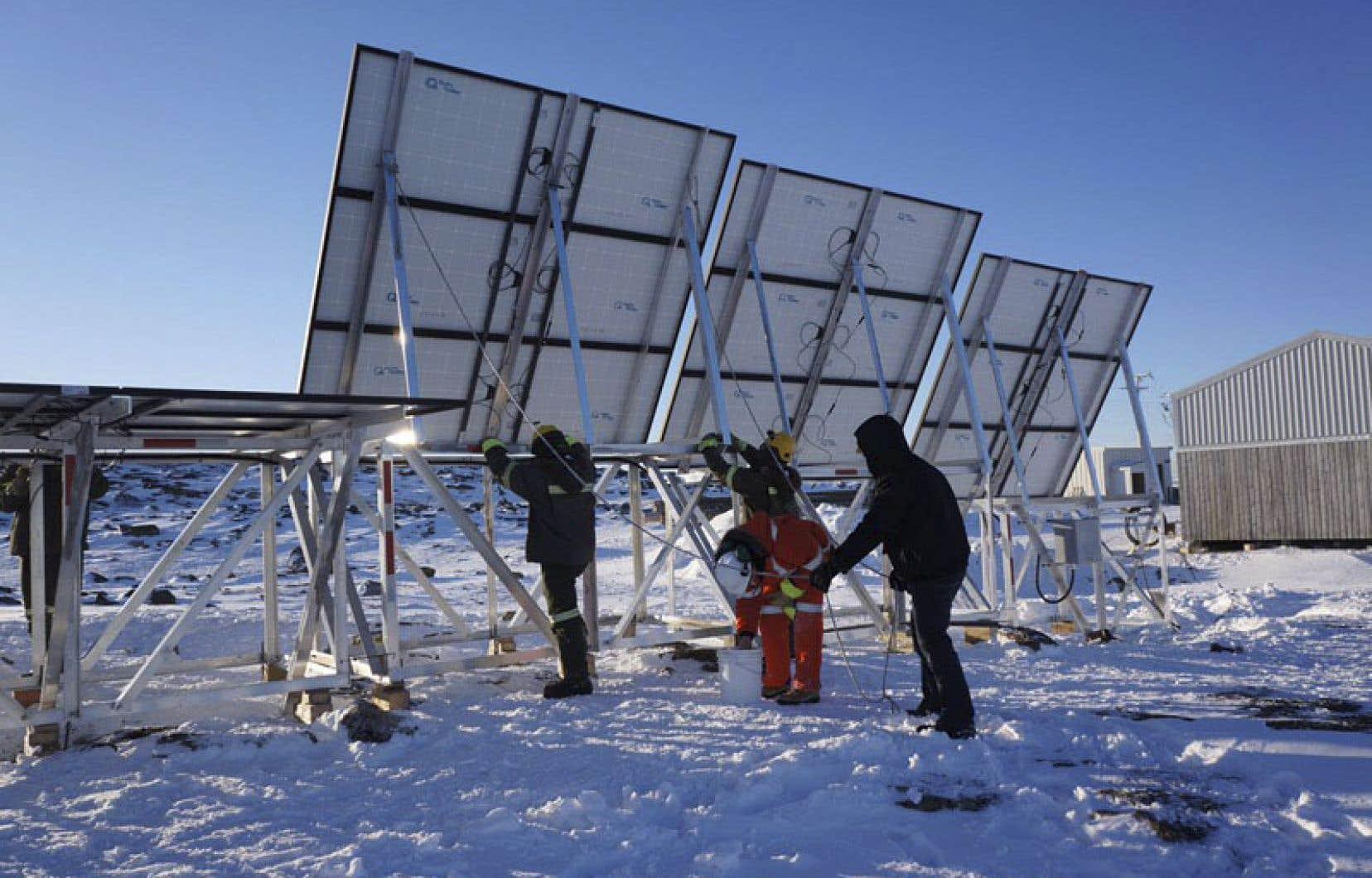 Les panneaux solaires à Quaqtaq pourront produire 21kW d'énergie.