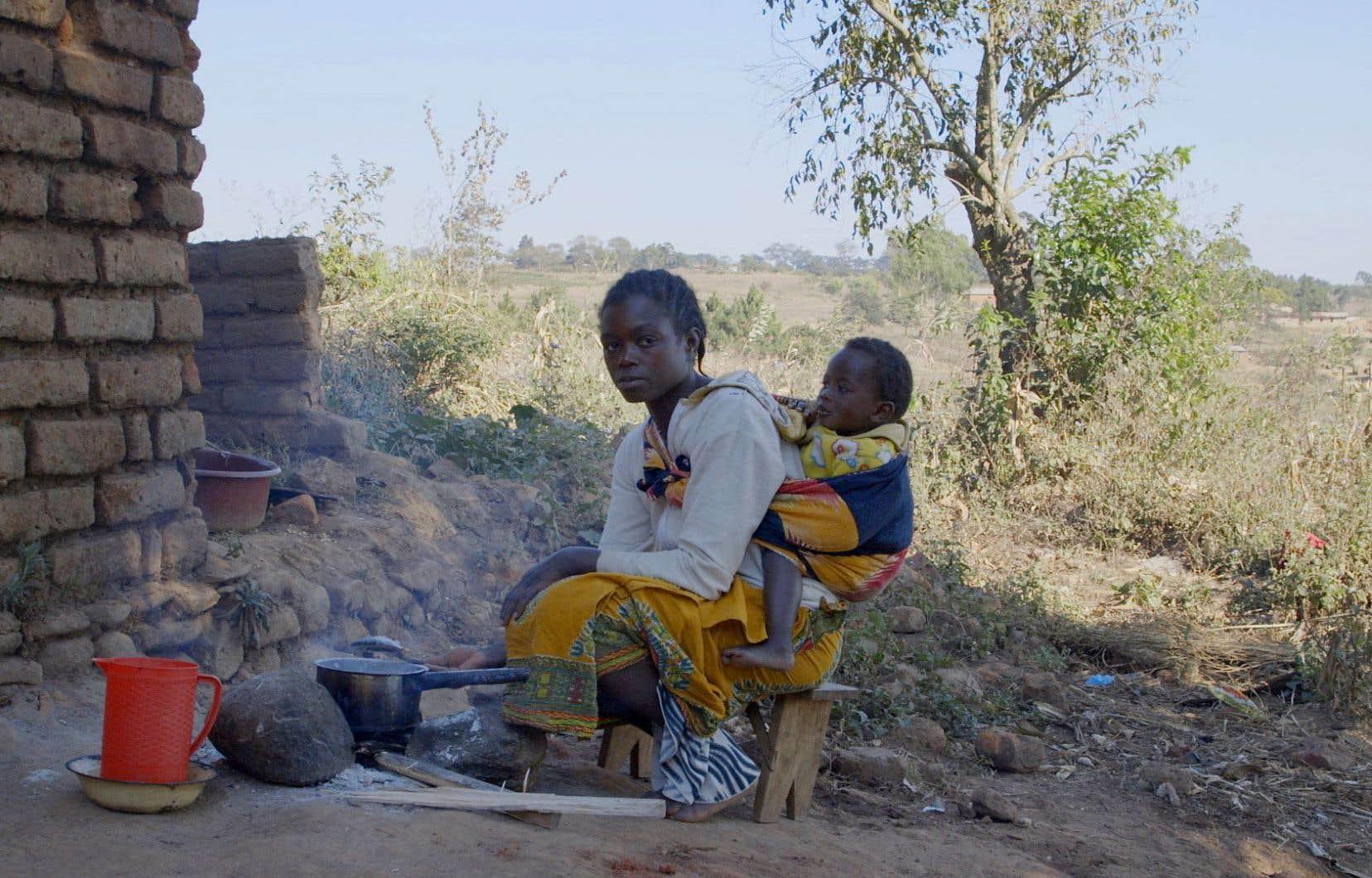Dévorés par un système qui en fait des esclaves consentants, les paysans de la mondialisation présentés dans le film «Les dépossédés» peinent à vivre de leur gagne-pain.