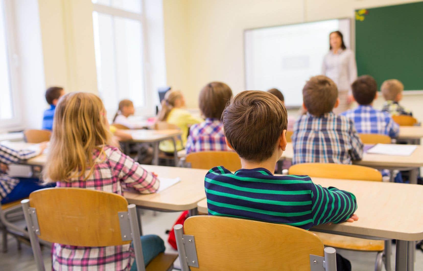 L'éducation au consentement devrait débuter dès les premières années scolaires, selon le Conseil du statut de la femme.