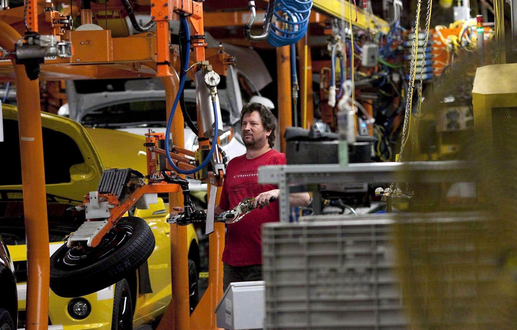 L'industrie automobile serait plus touchée que les autres, puisque la production est très intégrée entre le Canada, les États-Unis et le Mexique.