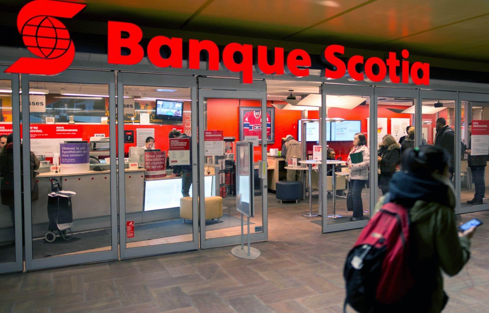 Le bénéfice net de la Scotia s'est élevé à 2,07 milliards pour son quatrième trimestre clos le 31 octobre.