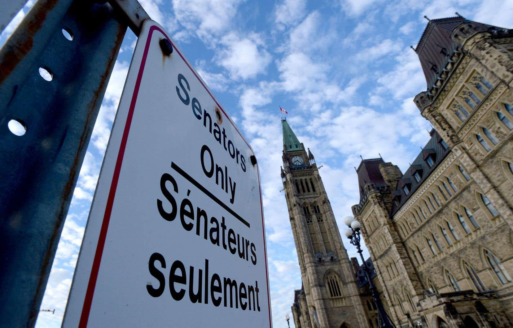Règle générale, les projets de loi envoyés au Sénat avant Noël sont adoptés avant la relâche estivale de la fin juin.