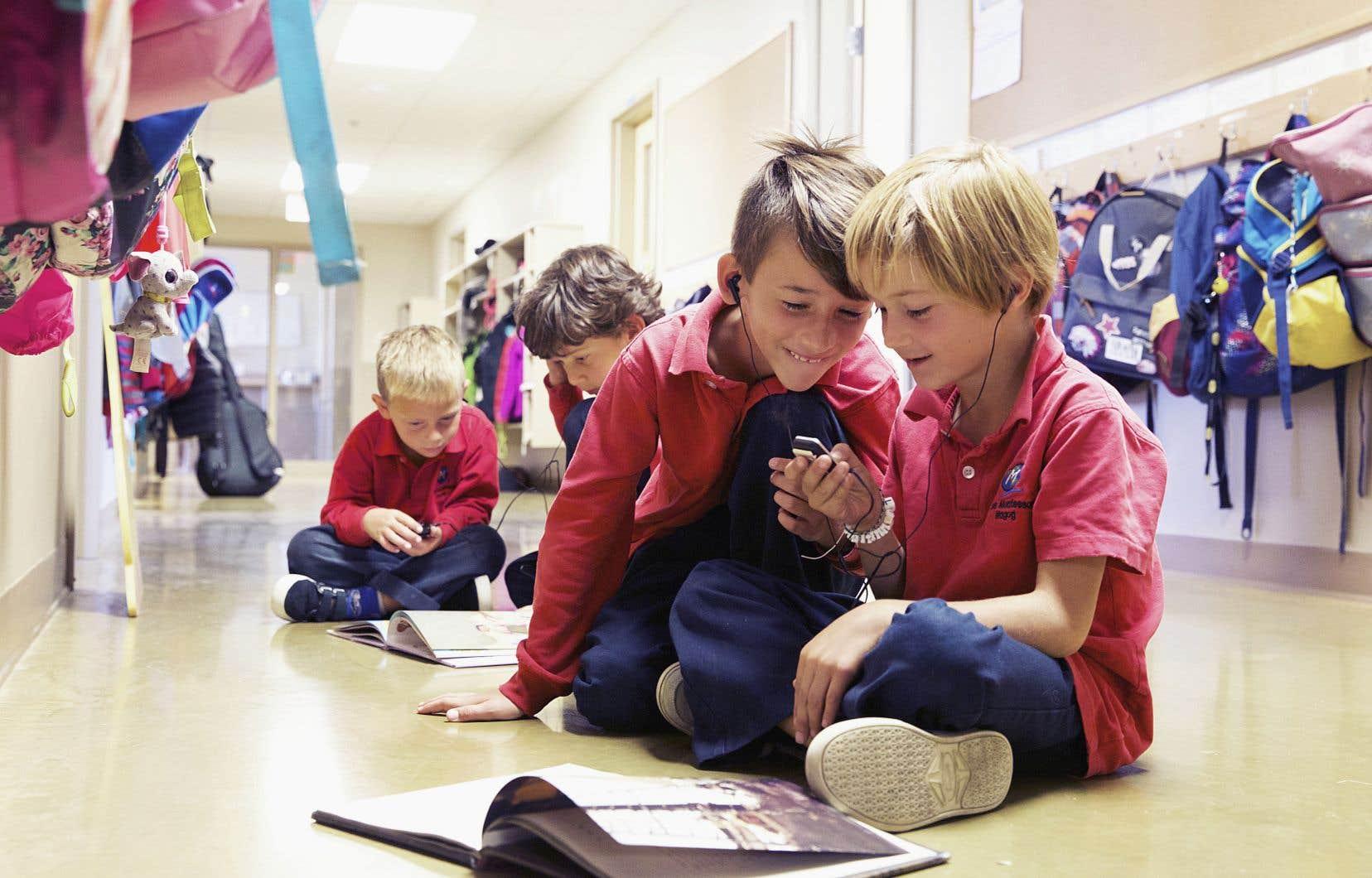 À l'école Montessori Magog, les arts et le plein air sont au coeur des apprentissages, mais, avant tout, on soutient la passion propre à chacun.