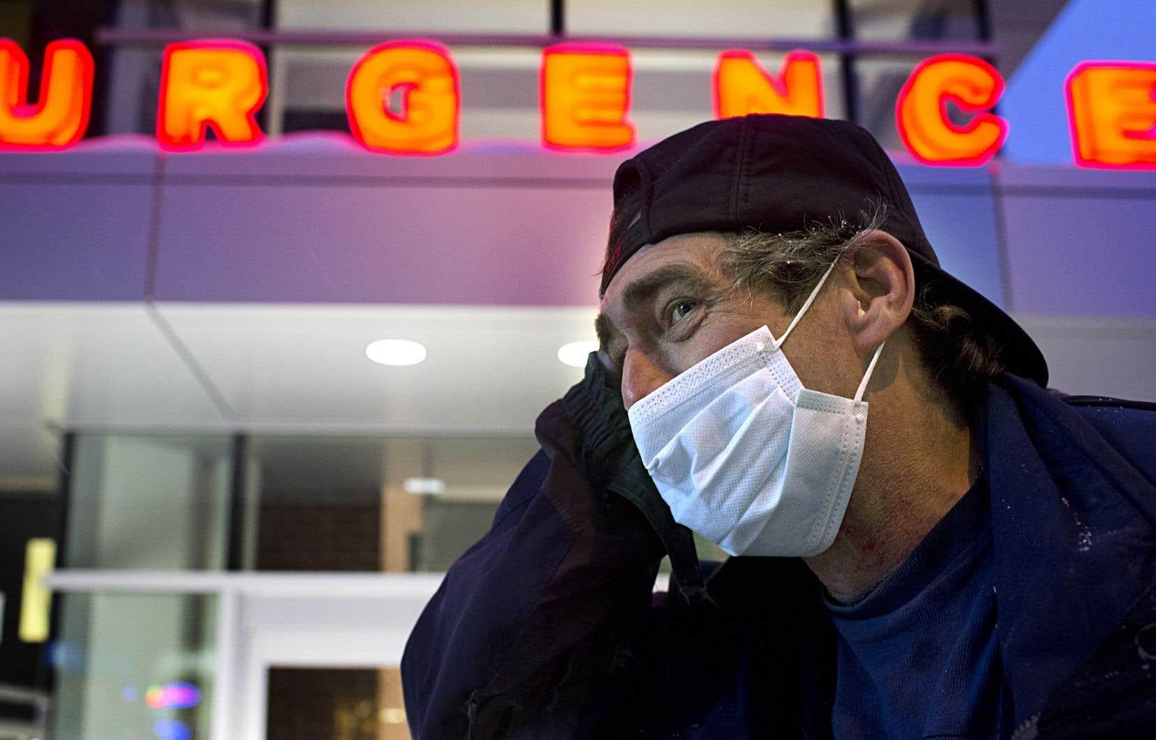 Le nombre d'hospitalisations liées à la grippe chez les adultes sont supérieurs aux taux prévus pour cette période de l'année.