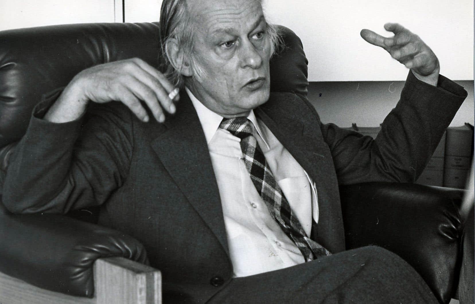 Le tome 2 de la fresque Le gouvernement Lévesque couvre la période s'étendant du triomphe électoral du Parti québécois en 1976 jusqu'à l'élection de 1981.