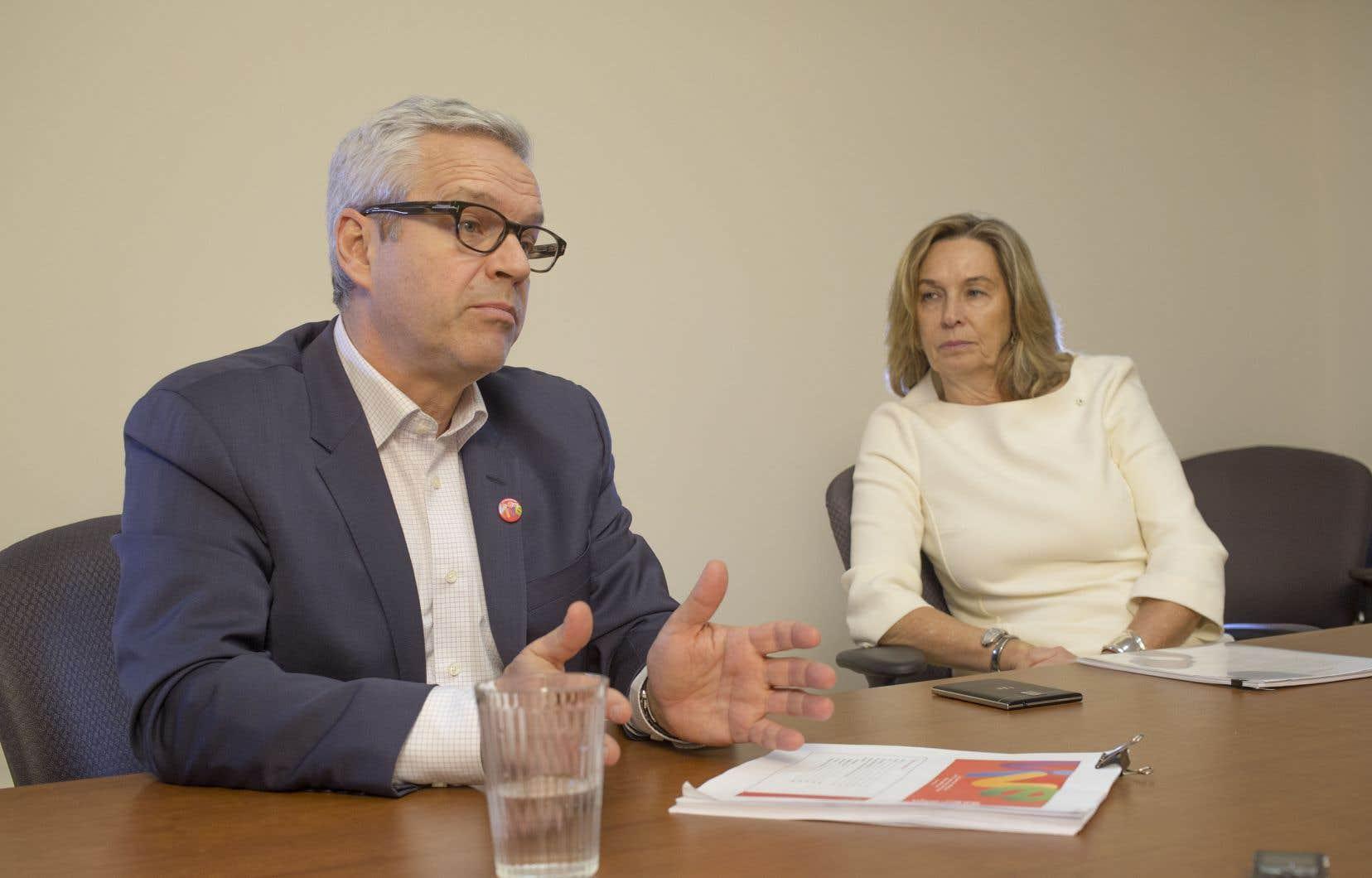Le directeur général et la présidente de la Société des célébrations du 375eanniversaire de Montréal, Alain Gignac et France Chrétien Desmarais, estiment que l'année de célébrations a été un succès.
