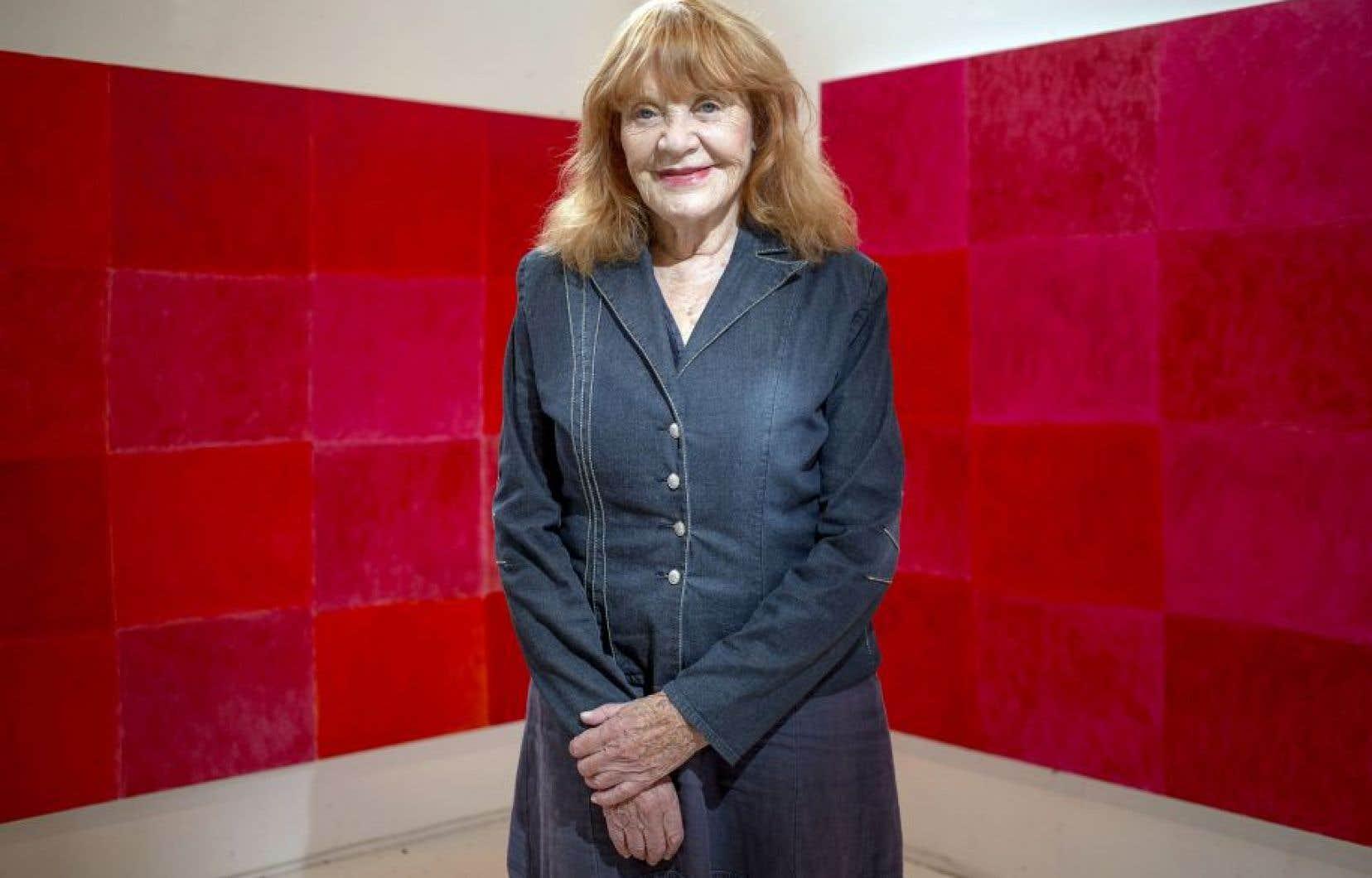 En 2016, Françoise Sullivan exposait une nouvelle suite de peintures à la galerie Simon Blais.