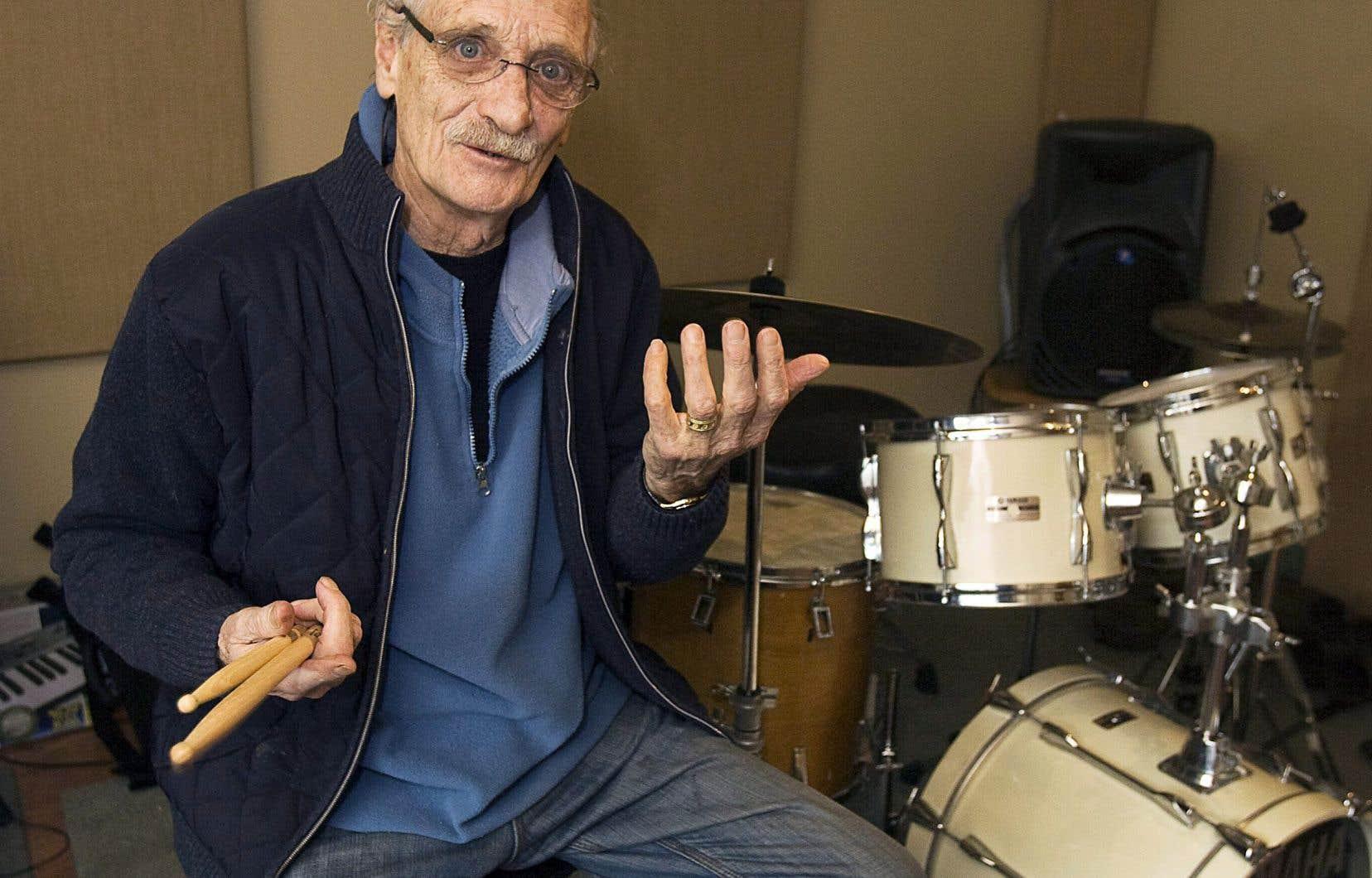 Le batteur Jerry Granelli dans son studio de Halifax en décembre 2010.