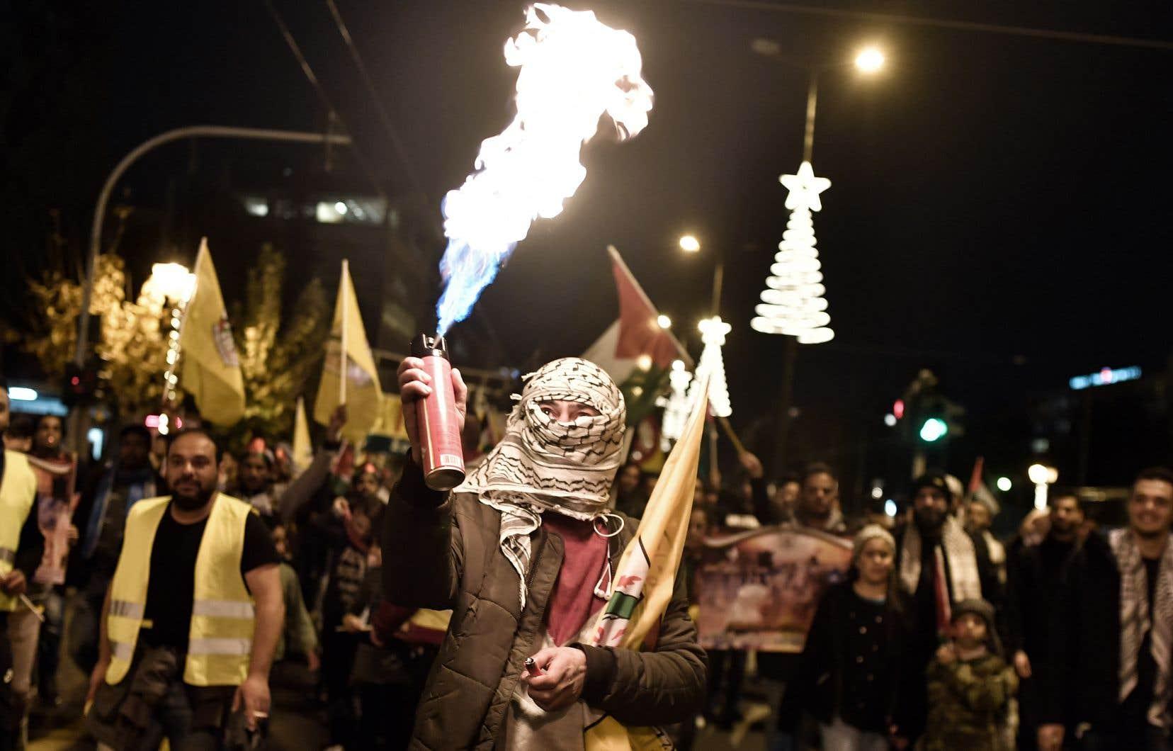 La décision de Donald Trump a déclenché la colère des Palestiniens, des manifestations dans le monde musulman et une réprobation quasi unanime de la communauté internationale.