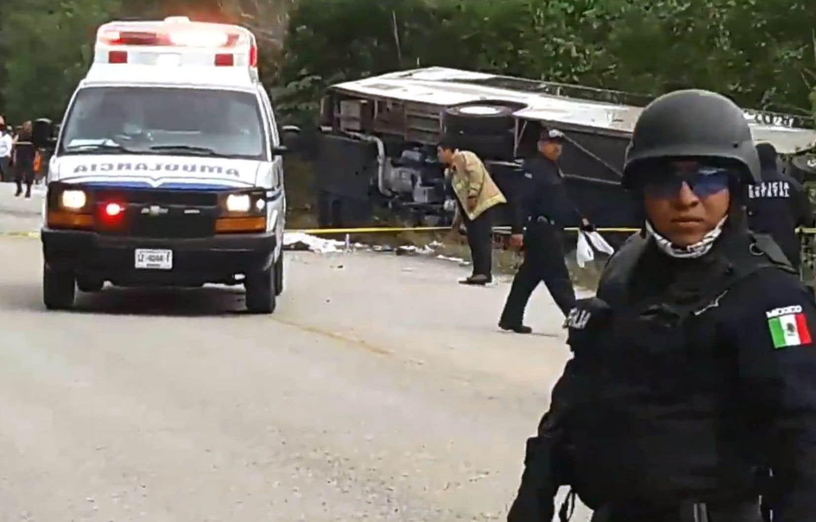 L'accident s'est produit aux abords de la localité de El Mahahual, située à 350 km au sud de la cité balnéaire de Cancún.