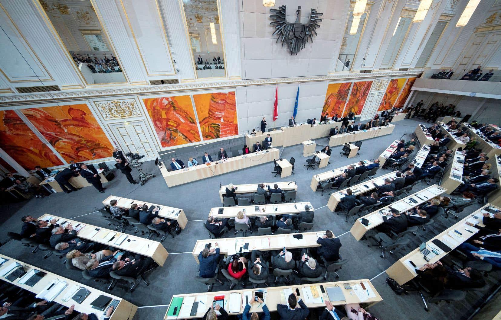 L'Autriche est, depuis plus de 70 ans, une démocratie ancrée dans les valeurs de l'humanisme et des droits de la personne et membre de l'Union européenne depuis plus de 20 ans, estime l'auteur.