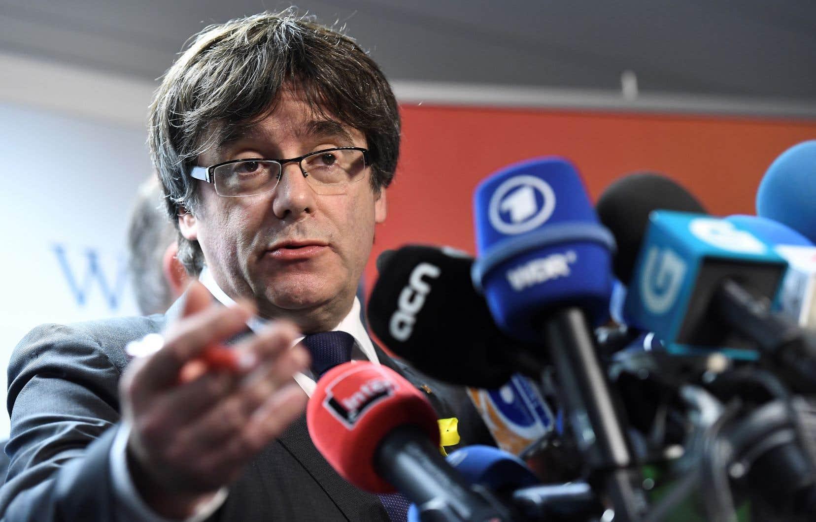 CarlesPuigdemont avait affirmé pendant la campagne qu'en cas de victoire il rétablirait le gouvernement destitué.