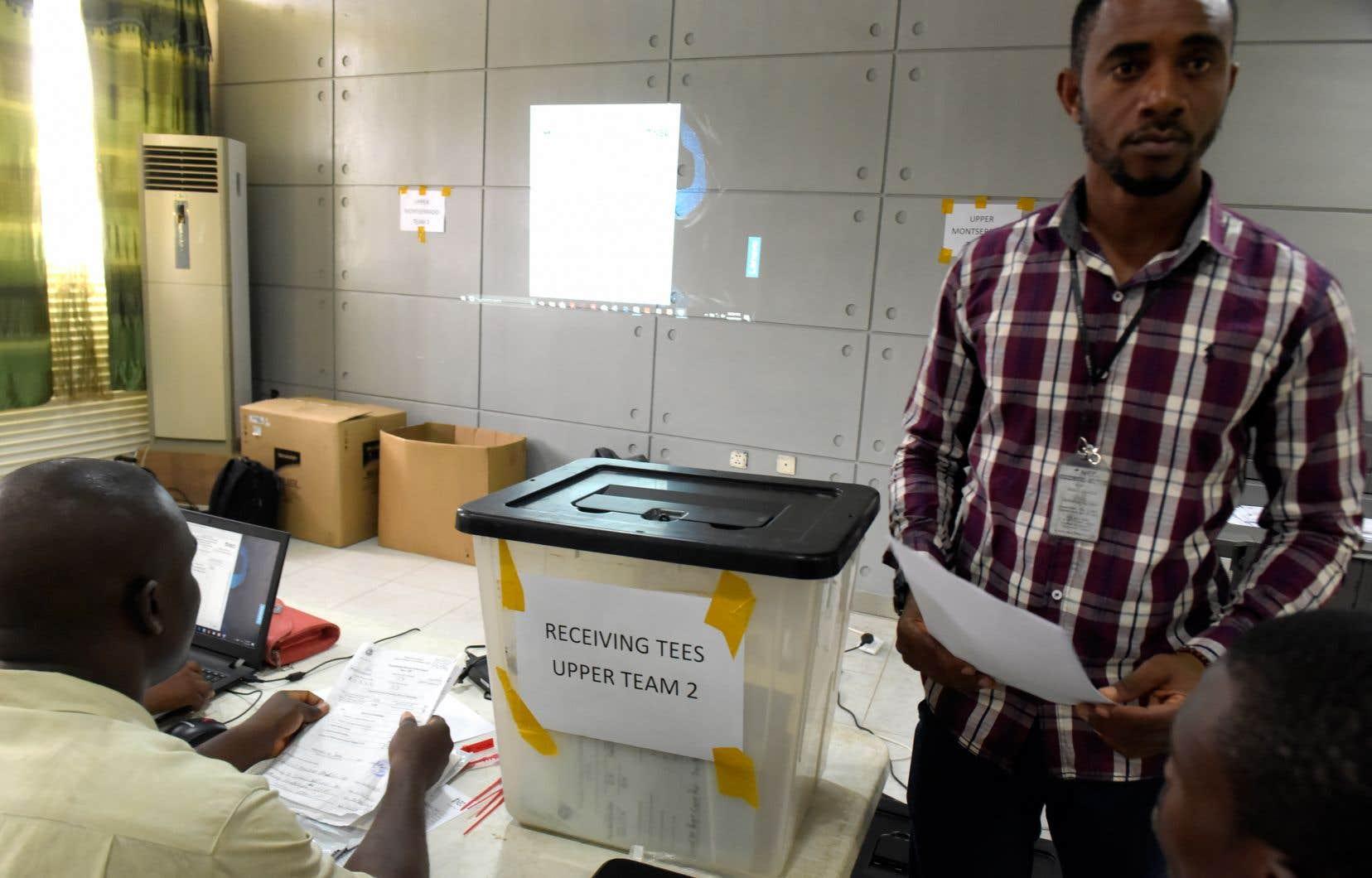 Le dépouillement des bulletins de vote devrait se poursuivre plusieurs jours.