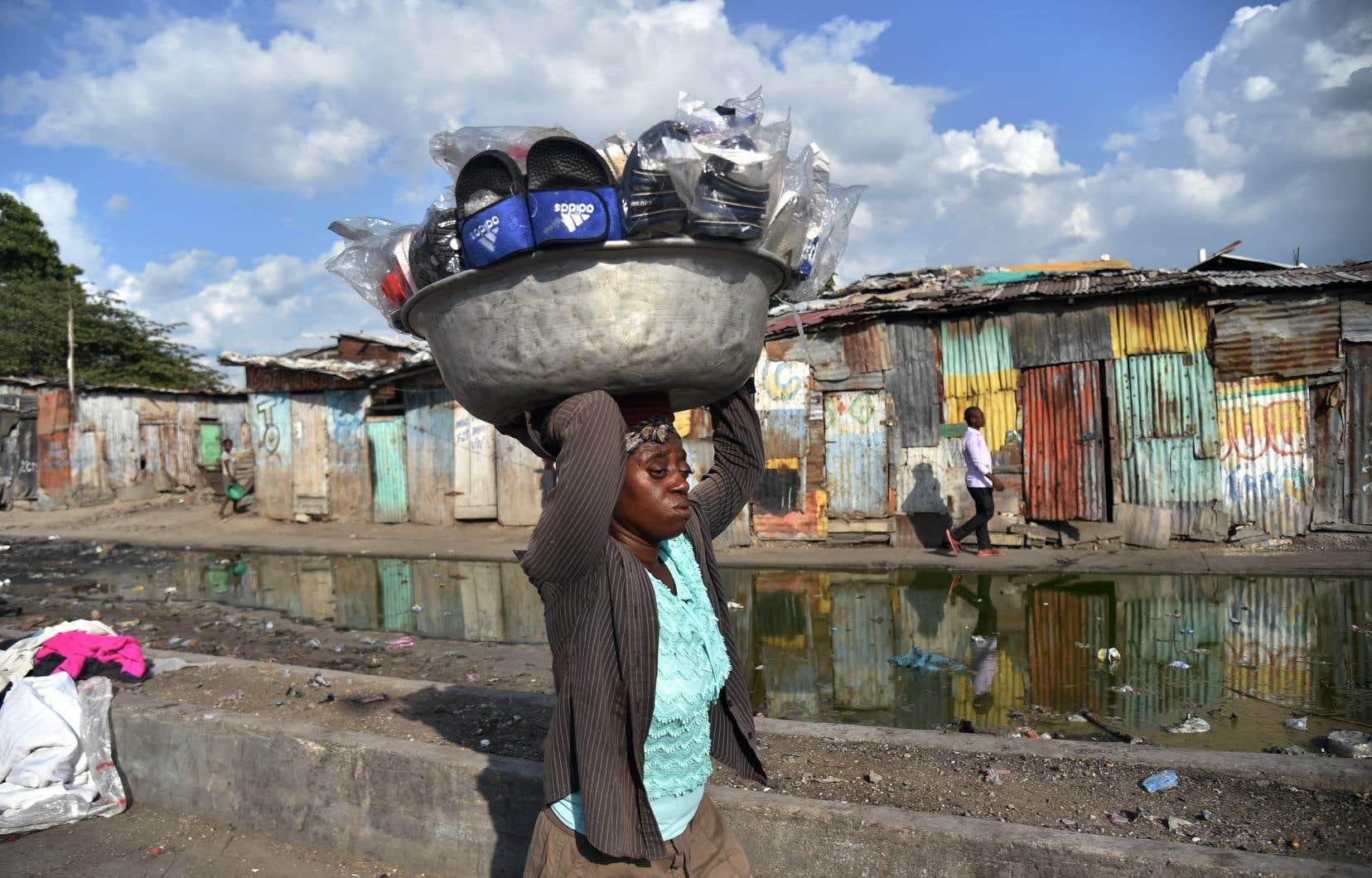 L'aggravation de la pauvreté en Haïti engendre des tensions sociales qui freinent tout investissement privé, ce qui nuit au climat des affaires dans le pays.