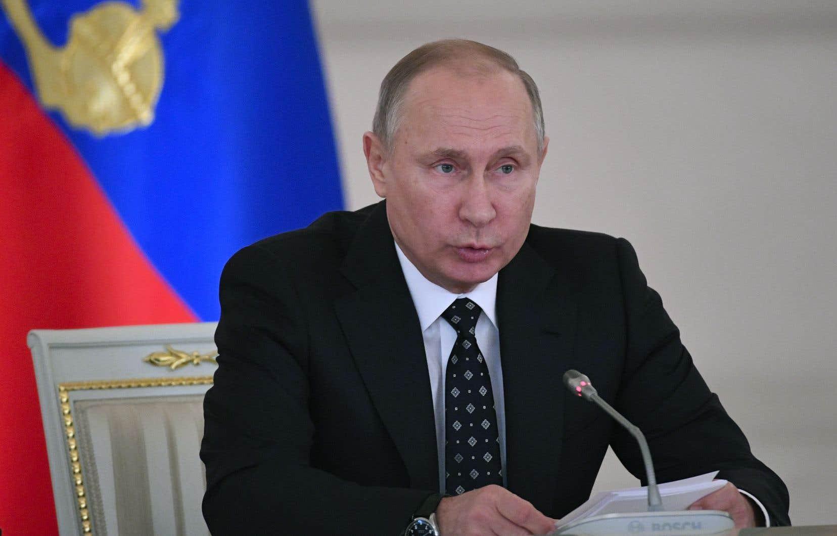 Le président russe a annoncé avoir ordonné aux services de sécurité du pays de «liquider les bandits sur place», «en cas de menace à la vie ou à la santé» des forces de l'ordre.<br />