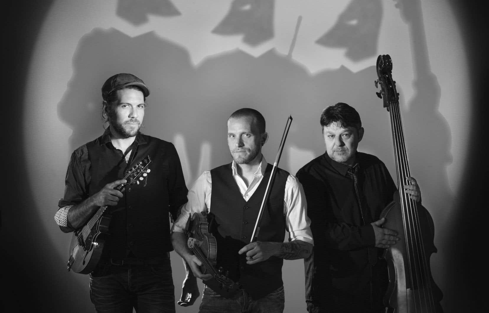 La formation musicale les Grands Hurleurs sera l'invitée du groupe Le Vent du Nord sur la scène du Club Soda vendredi soir.